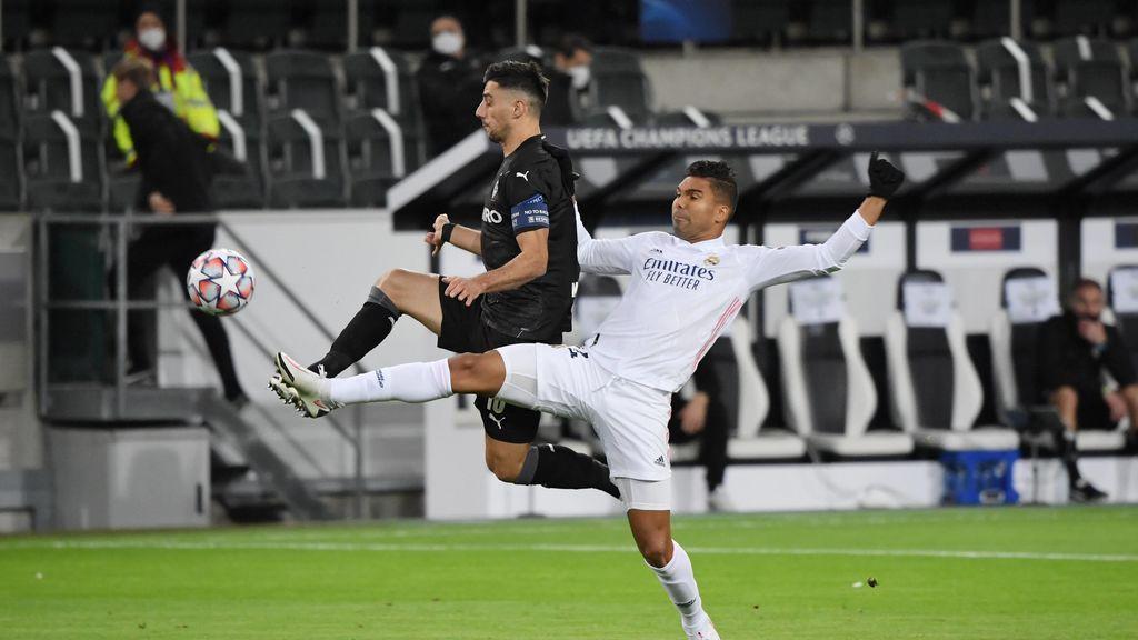 El Madrid rescata el empate en el tiempo de descuento ante el Mönchengladbach (2-2)