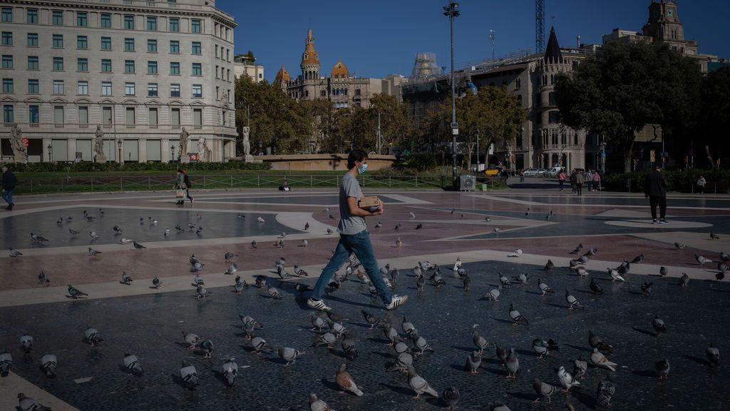 Cataluña contempla un confinamiento total de 15 días con escuelas abiertas en caso de riesgo extremo