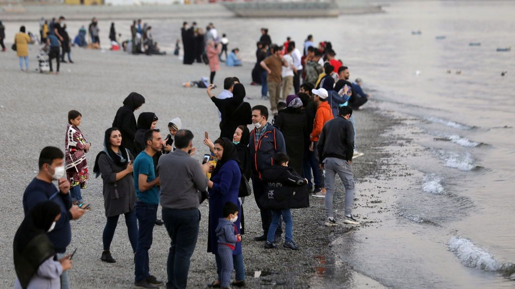Covid en Irán: una muerte cada cuatro minutos