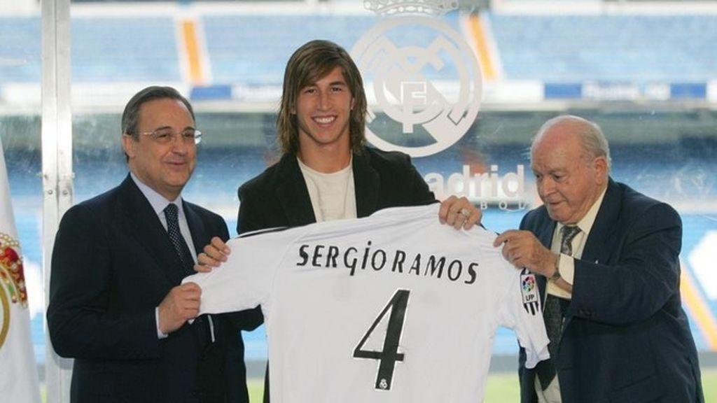 Cuando comenzó a jugar en el Real Madrid tampoco se deshizo de su melena.