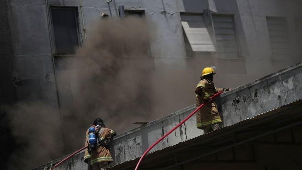 El incendio en un hospital de Río de Janeiro obliga a la evacuación a la carrera de más de 200 pacientes
