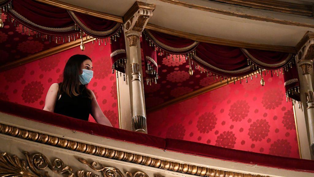 Italia: nuevo récord diario de casos de coronavirus y foco de contagio en la Scala de Milán