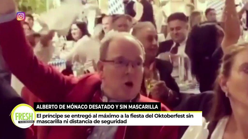 Alberto de Mónaco, sin mascarilla ni medidas de seguridad en la inauguración del Oktober Fest
