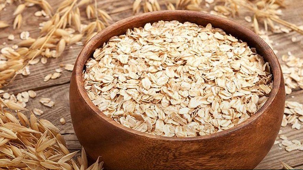La avena la podrás encontrar de muchas formar, entre ellas, como cereales