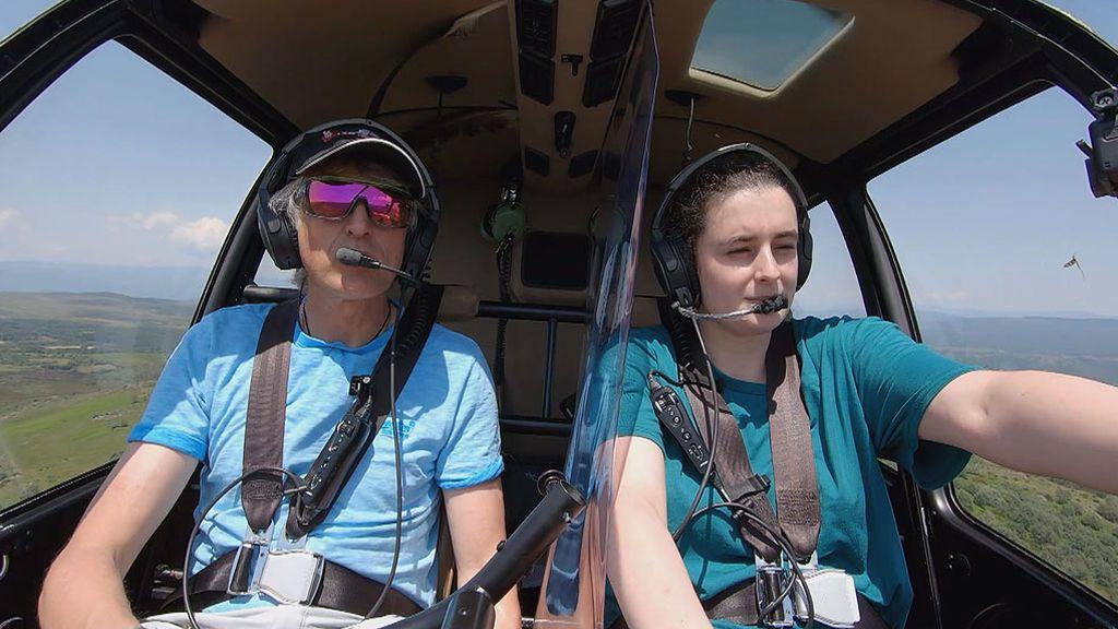 Alba se marea en el helicóptero de 'Volando voy'