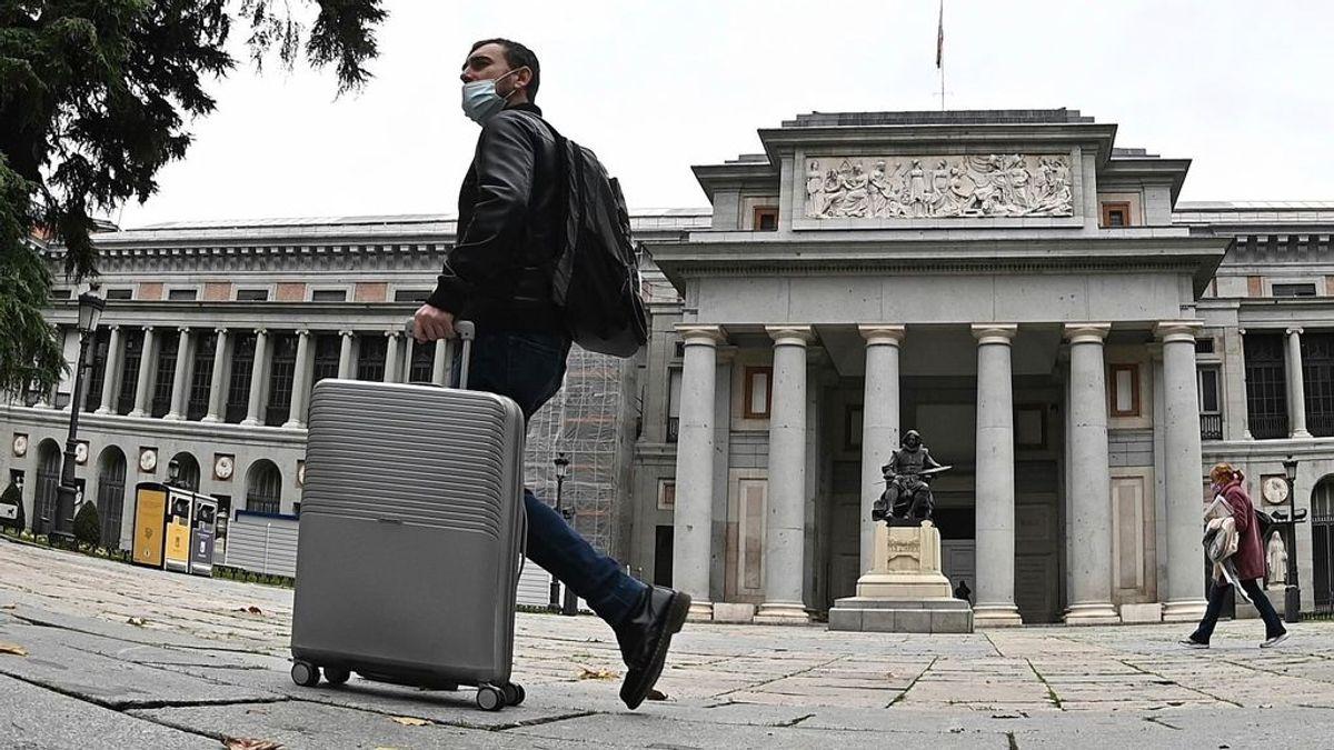 Bajan ligeramente los contagios en Madrid: 2.532 nuevos casos y 40 fallecidos más