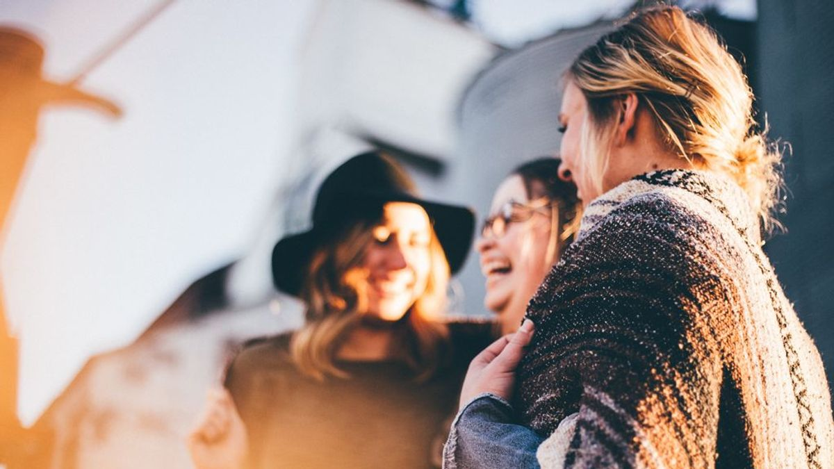 Aplicaciones para conocer gente más allá de ligar o buscar una relación