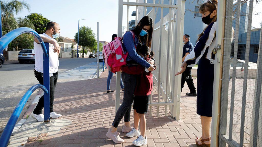 Israel achaca a la apertura de las escuelas la segunda ola: ¿ocurre lo mismo en España?