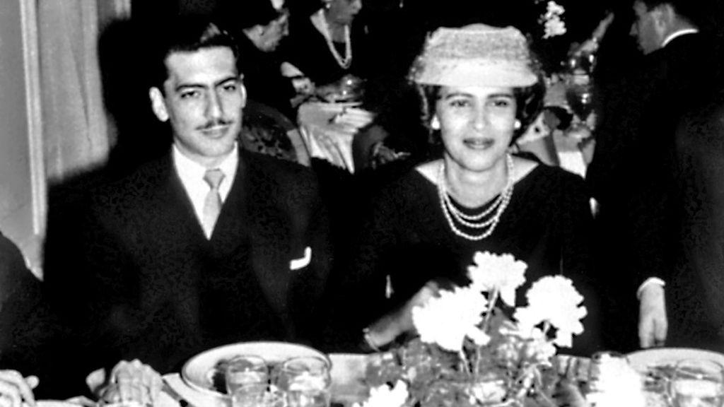 Mario se casó con su tía Julia en París.