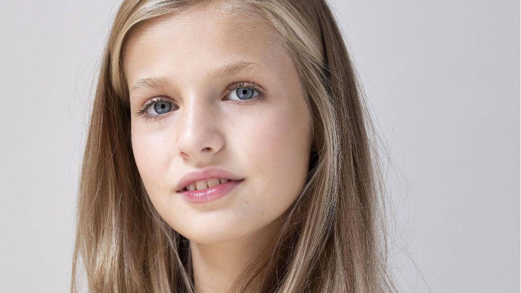 La Infanta Leonor ya es adolescente: cumple 15 años en medio de la mayor crisis de la monarquía