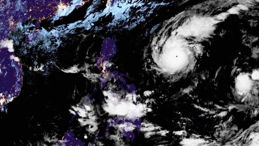 El ciclón tropical Rolly se intensificará hasta convertirse en un súper tifón