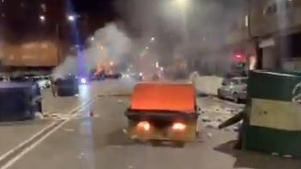 Disturbios en el barrio burgalés de Gamonal contra las restricciones