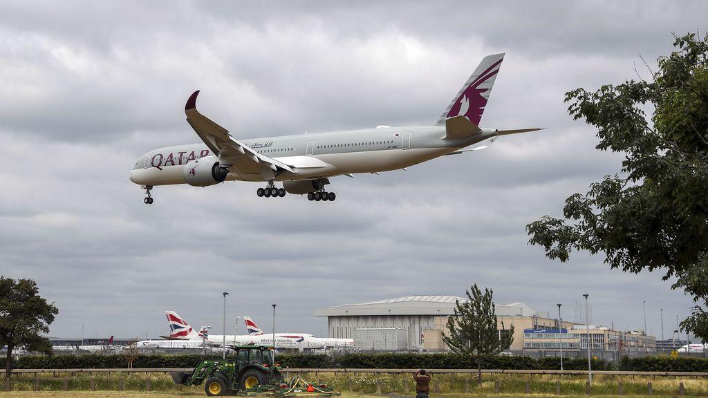Qatar pide perdón por obligar a varias pasajeras a desnudarse para comprobar si habían dado a luz