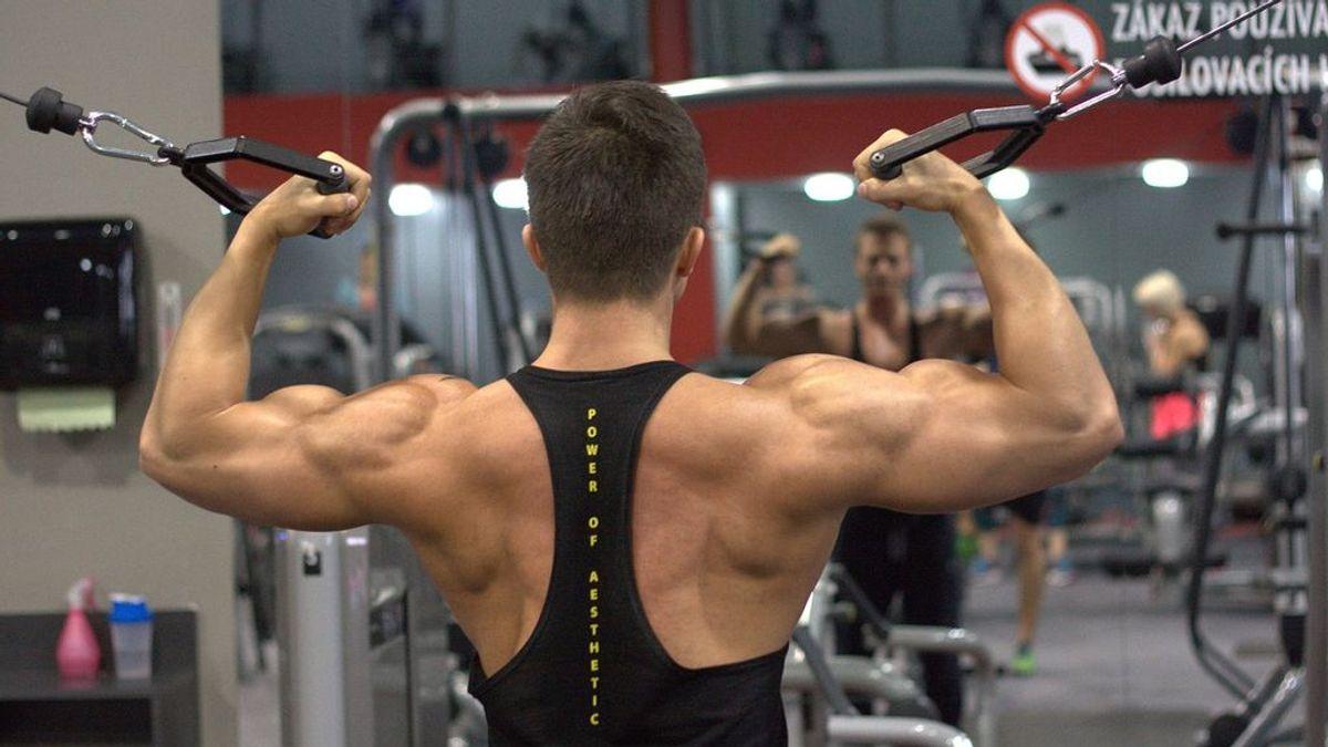 Seis ejercicios para ensanchar y tonificar al completo tu espalda
