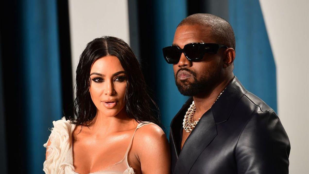 """""""Holograma desde el cielo"""", Kanye West regala a Kim Kardashian un mensaje de su padre muerto"""