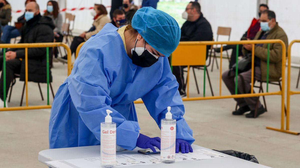 Suben a 42 los muertos diarios en Madrid, que notifica 2.458 contagios más