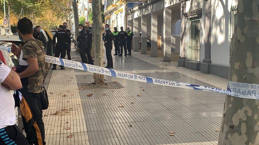 Un hombre tira al contenedor una bolsa con una cabeza descuartizada en Huelva