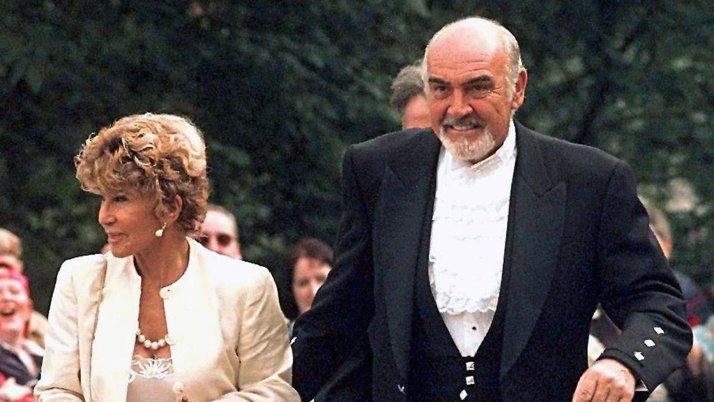 Sean Connery y su mujer Micheline Roquebrune