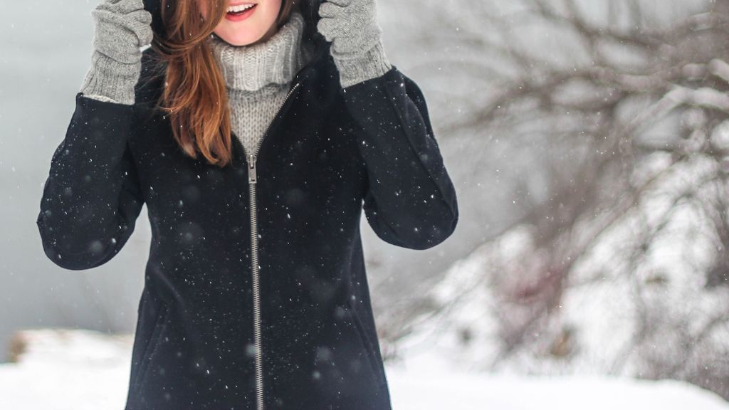 Cómo lavar tu abrigo de plumas sin estropearlo