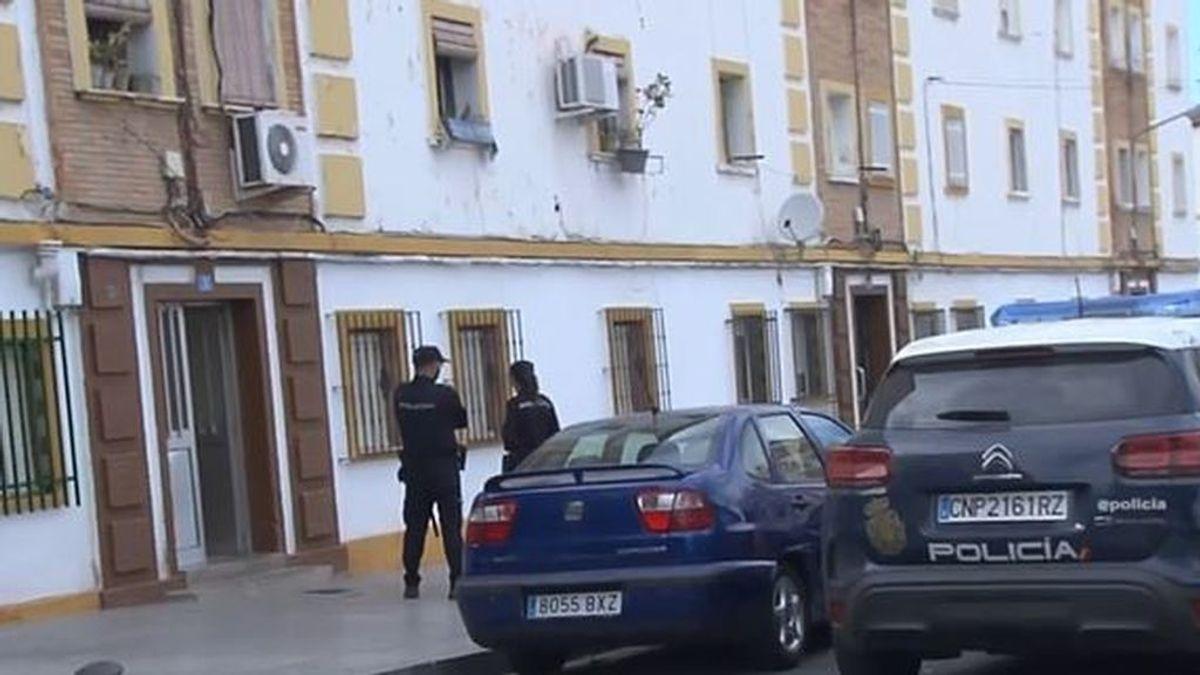 Los antecedentes de Manuel Jesús, el detenido por decapitar a un hombre en Huelva: cabecilla de una banda de atracadores