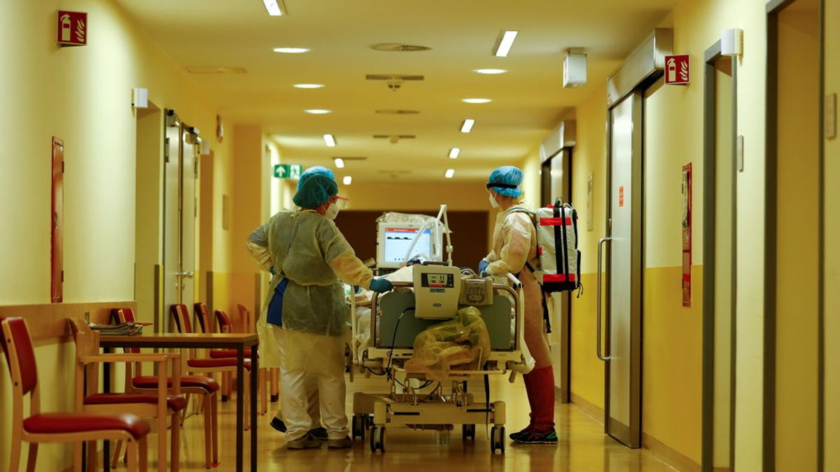 Un famoso virólogo alemán aconseja comportarse como si se estuviese contagiado para evitar la propagación del virus