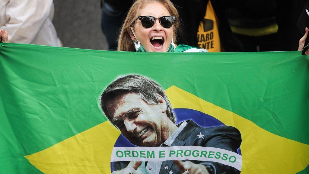 Bolsonaristas protestan contra obligatoriedad de vacuna para el coronavirus