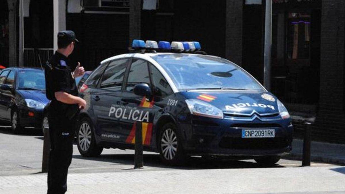 Detenido en Valencia por maltratar a su mujer: la agarró del pelo y la pegó con un cinturón