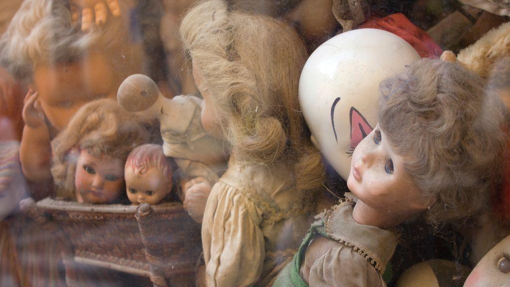 """Una mujer encuentra en su nueva casa una habitación escondida llena de siniestros objetos: """"Debería haber permanecido oculta"""""""