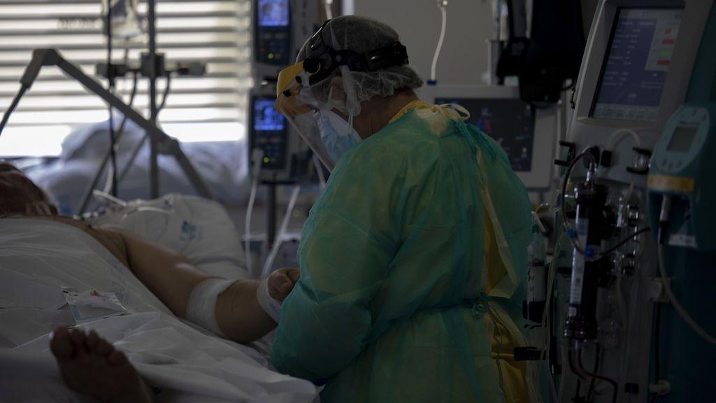 Madrid notifica un descenso de contagios del 70% con respecto al domingo con 701 nuevos casos y 30 fallecidos