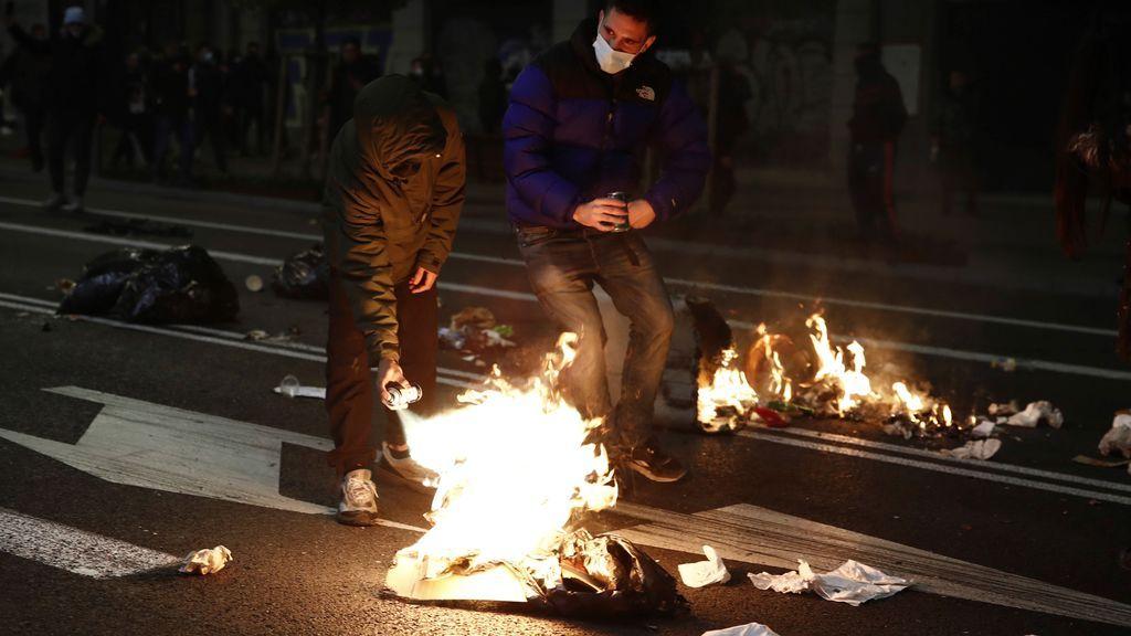 Disturbios contra el confinamiento mientras se siguen registrando nuevos récords de contagios en España