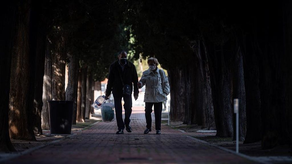 Bajan los contagios, pero aumentan los fallecidos en Madrid con 453 nuevos positivos y 35 muertos
