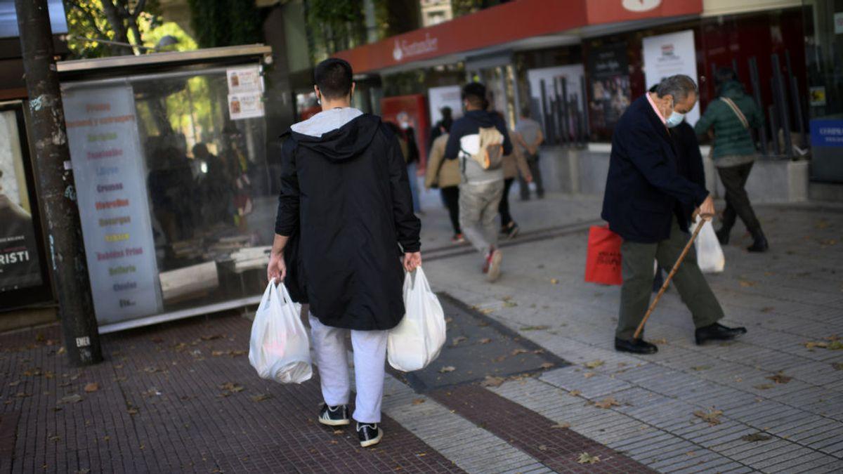 Independizarse, aún más difícil en pandemia: 25.000 jóvenes no han podido pagar algún recibo en Barcelona