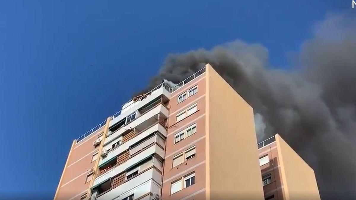EuropaPress_3410448_incendio_heridos_azotea_edificio_13_plantas_madrileno_barrio_elipa_deja
