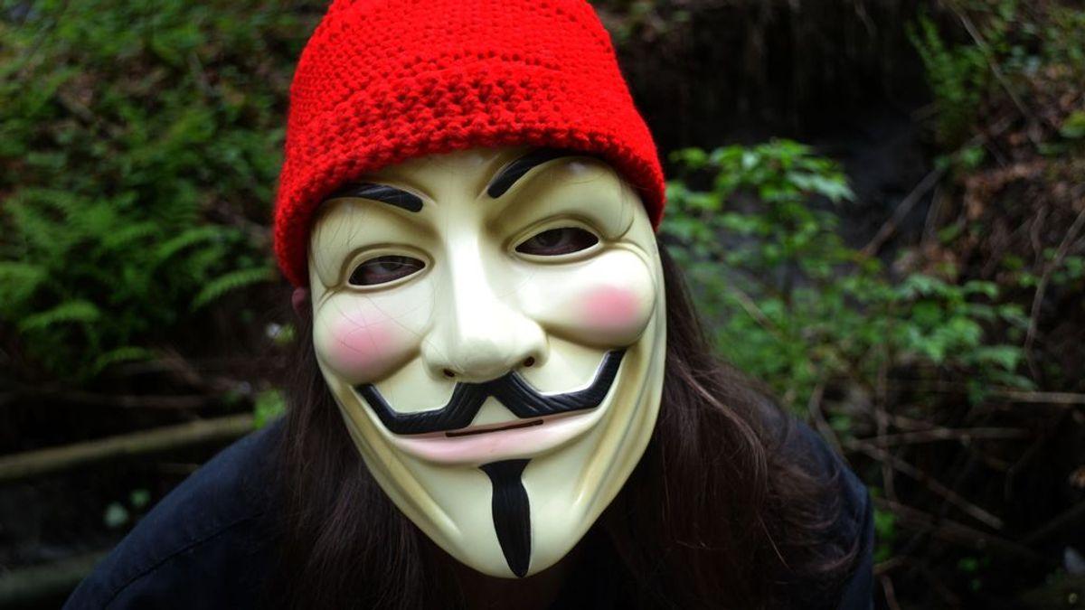 Por qué la máscara de V de Vendetta se utiliza como símbolo de protesta