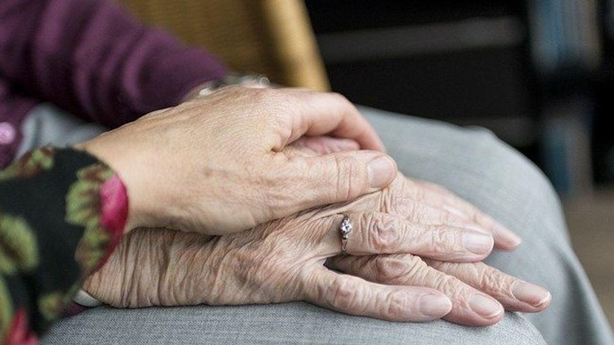 Posible cárcel para un cura y una anciana por celebrar una boda con un multimillonario moribundo