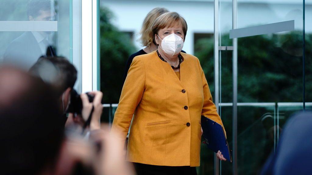 """Merkel defiende su """"confinamiento light"""" el día de su entrada en vigor: """"la luz del túnel aún está lejos"""""""