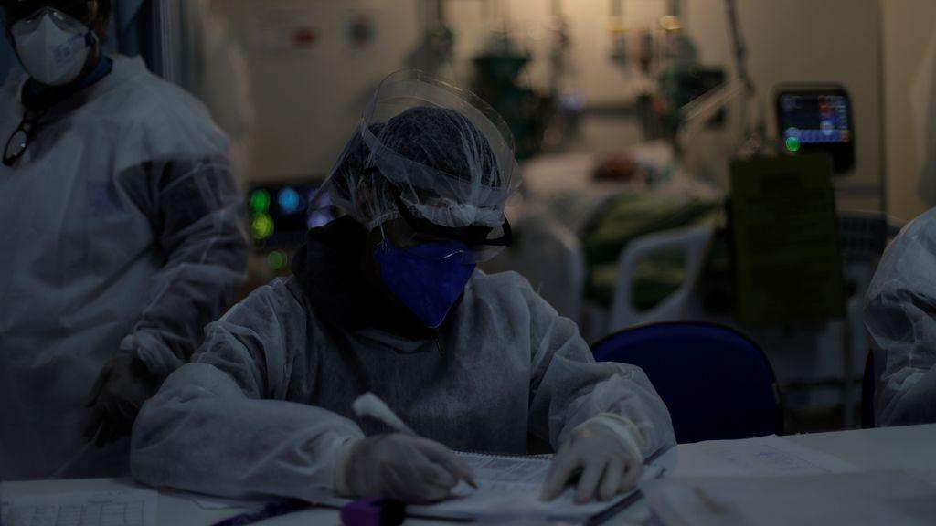 Brasil superó este domingo las 160.000 muertes por covid