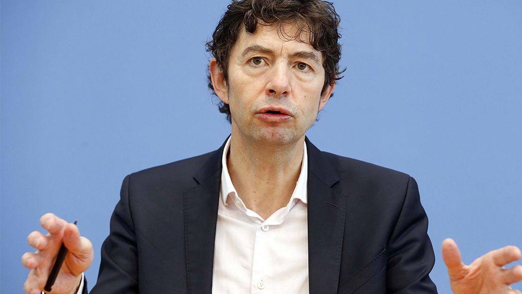 """Christian Drosten, el 'Fernando Simón' alemán, advierte: """"Es seguro que en Semana Santa seguiremos enfrentados a la pandemia"""""""