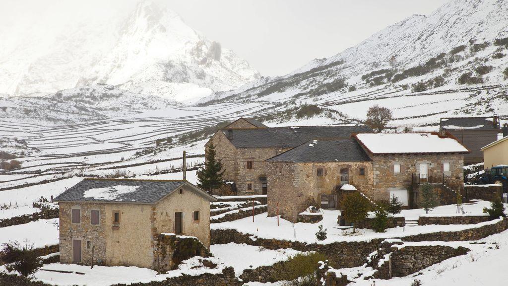 Llega a España una potente borrasca con 100 litros/m2 de lluvia, nevadas y un desplome de las temperaturas