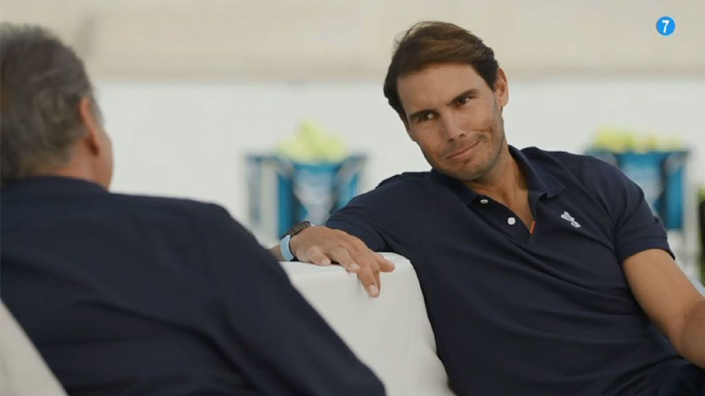 Rafa Nada, se sienta junto a Bertín en 'Mi casa es la tuya'