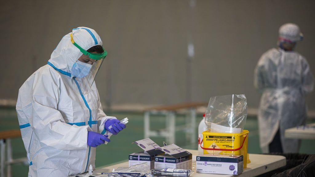 Accidentado cribado de coronavirus: acaba detenido por presentarse a dos pruebas con diferente identidad