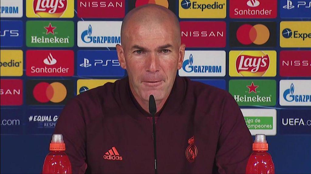 """Zidane, molesto con el 'ruido del exterior': """"Desde dentro, lo que quieren es jugar y ganar"""""""