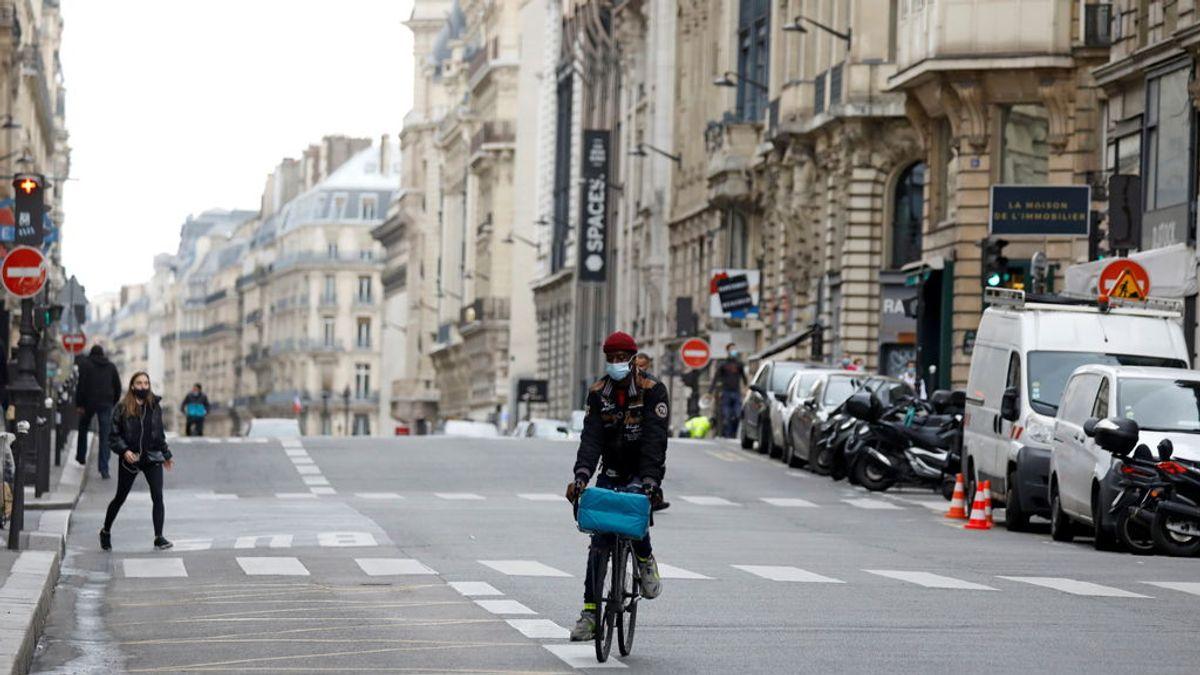 La policía francesa arresta a un hombre armado con un machete en el centro de París