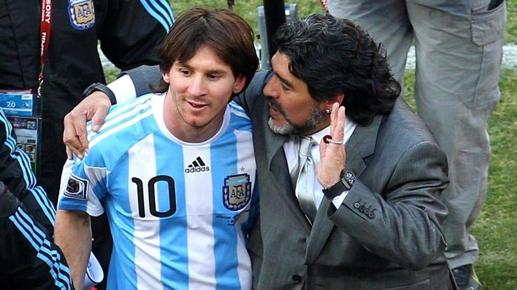 """El emotivo mensaje de ánimo de Messi a Maradona: """"Mi familia y yo te queremos ver bien lo antes posible"""""""