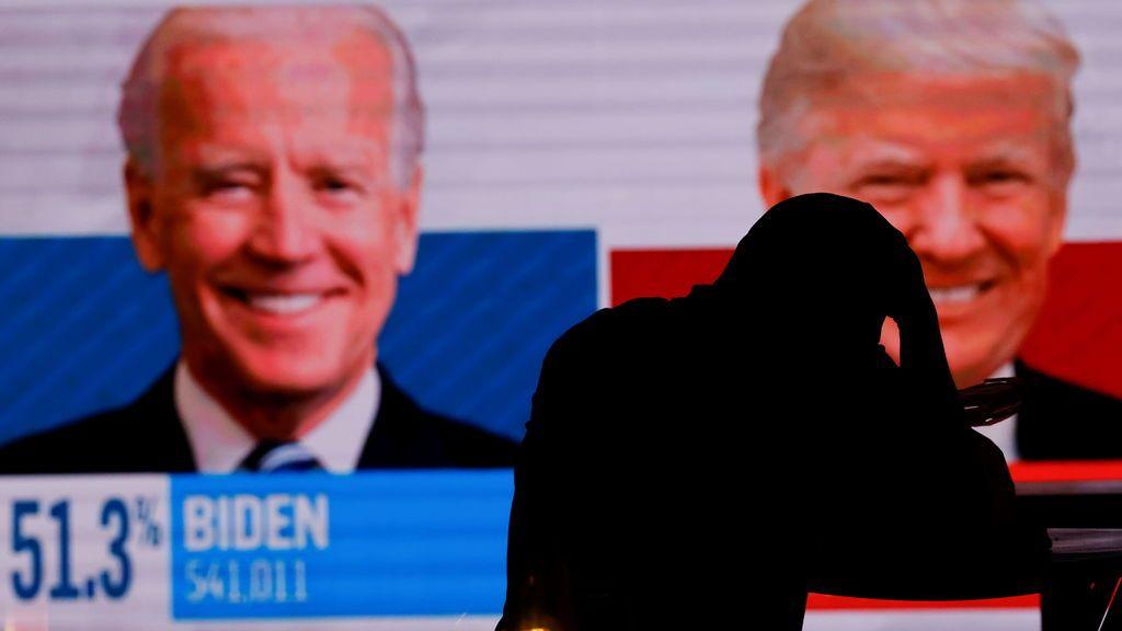 """Trump carga contra el """"vertedero del voto por correo"""" y Biden sostiene que """"cada voto cuenta"""""""