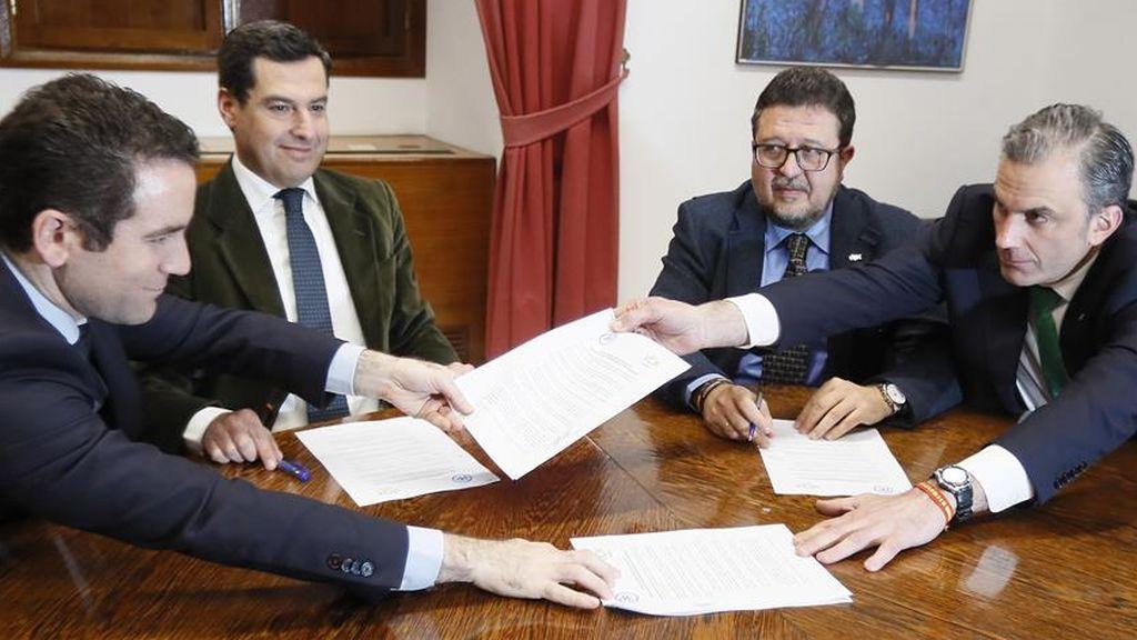 """El PP de Andalucía admite  que la """"onda expansiva"""" de la ruptura con Vox en  Madrid puede hacer saltar los presupuestos"""