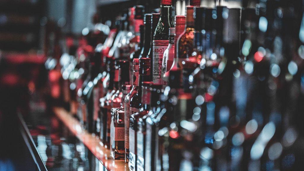 Botellas con oro o un whisky de 30.000 euros: estas y otras de las bebidas más lujosas del mercado