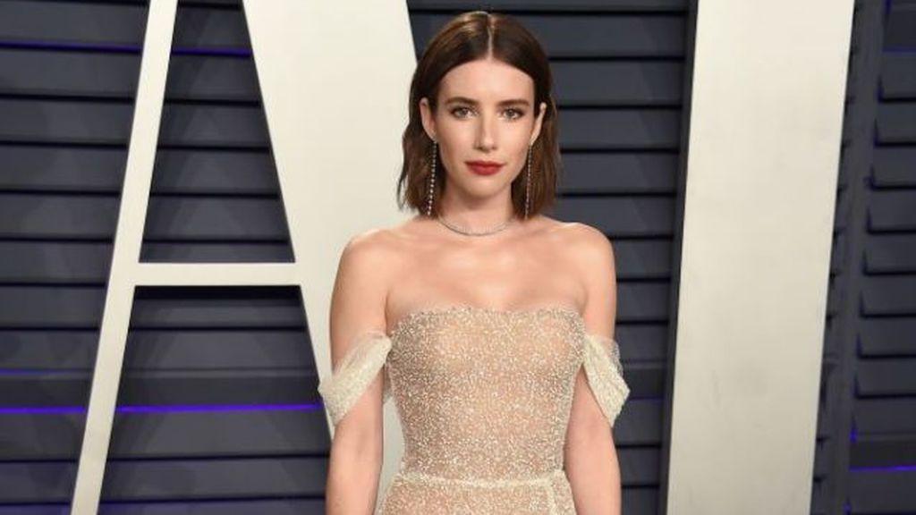 Emma Roberts también ha soprendido, en más de una ocasión, con sus vestidos con transparencias.