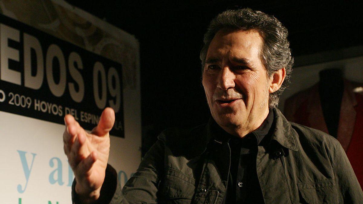 """Broncano alaba el pelazo de Miguel Ríos y este responde: """"Algunos compañeros llevan peluca pero no diré quién"""""""