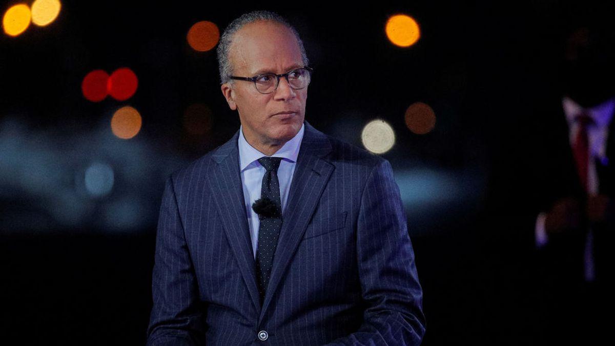 """Las cadenas de televisión ABC, CBS y NBC cortan el discurso de Trump acusándole de """"fakenews"""""""